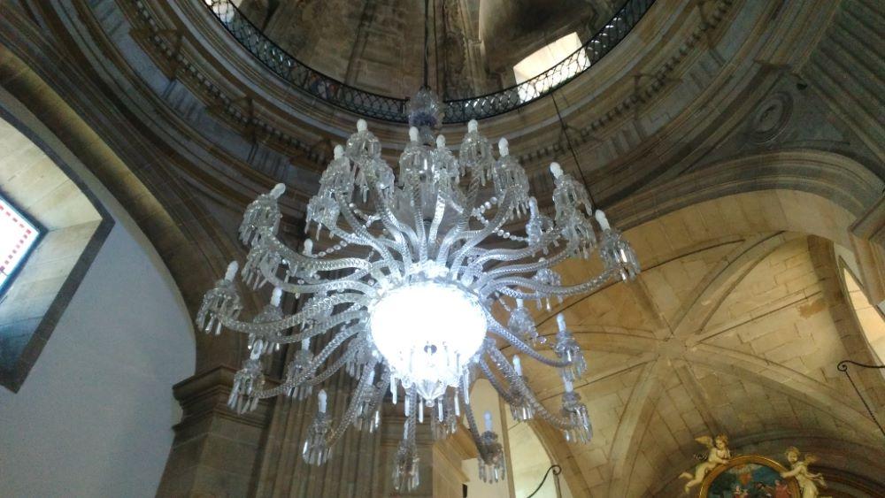 Lámpada principal da Igrexa