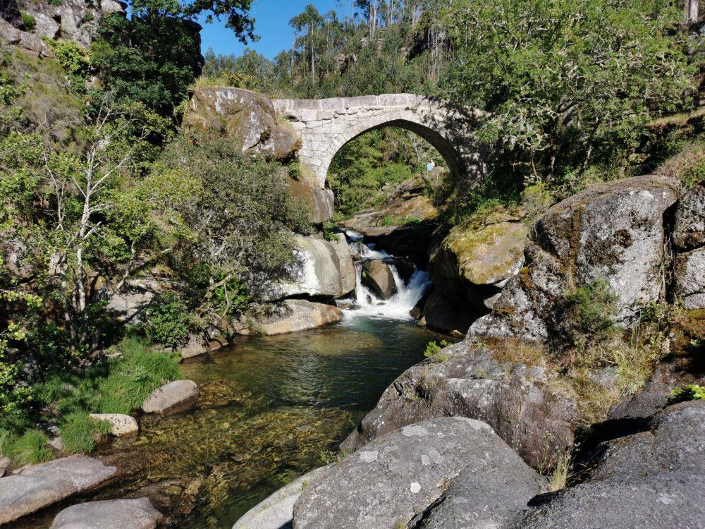 Ponte románica